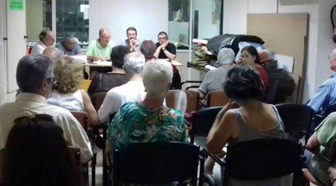 El veïnat afectat dels carrers Burgos i Riera de Tena reclamen que no s'aturi el procés d'expropiació – 12 Juliol